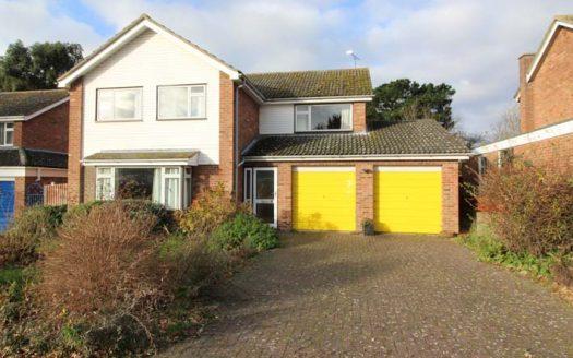 34-Manor-House-Way-1-525x328.jpg